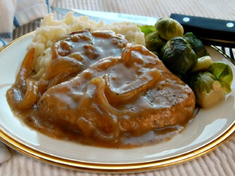 smothered pork chops.jpg